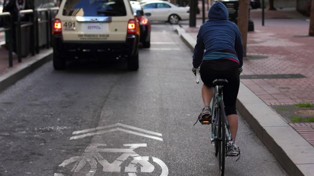 coche-autonomo-ciclista