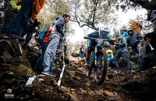Jared Graves y Richie Rude dieron resultados adversos en el control antidoping del EWS de Francia