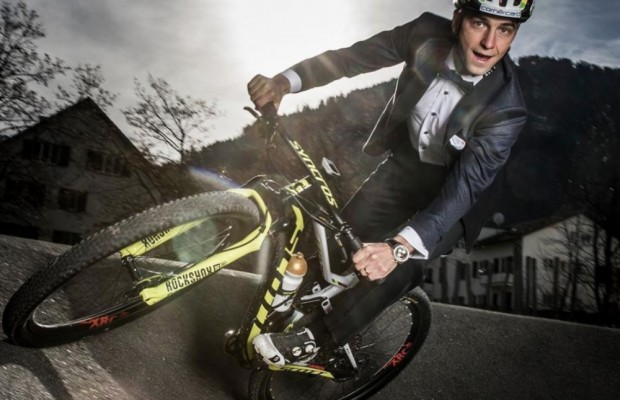 Nino Schurter wins Federer and is proclaimed Best Sportsman of the Year
