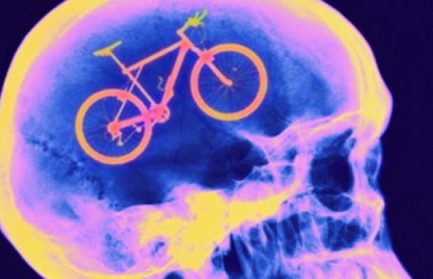 La clave contra el alzheimer podría estar en el ciclismo y otros deportes