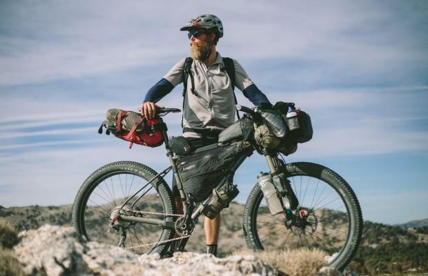 Consejos para ir más ligeros en un viaje de bikepacking