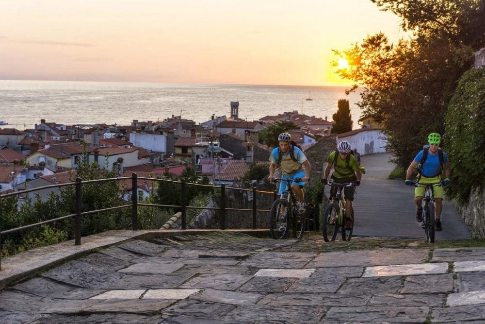 sendero-une-ocho-paises-mountain-bike