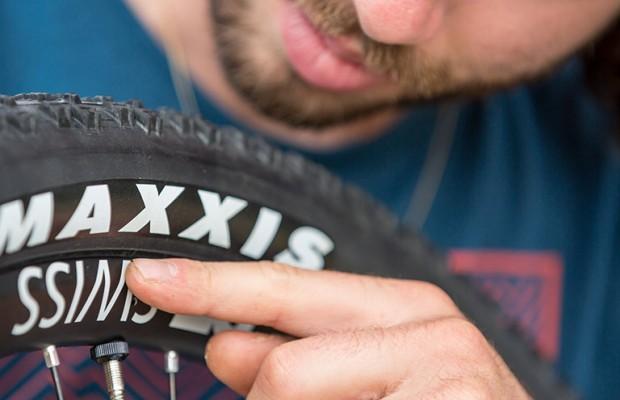 El mecánico de Schurter te explica en 8 minutos todo lo que necesitas sobre los neumáticos de mountain Bike
