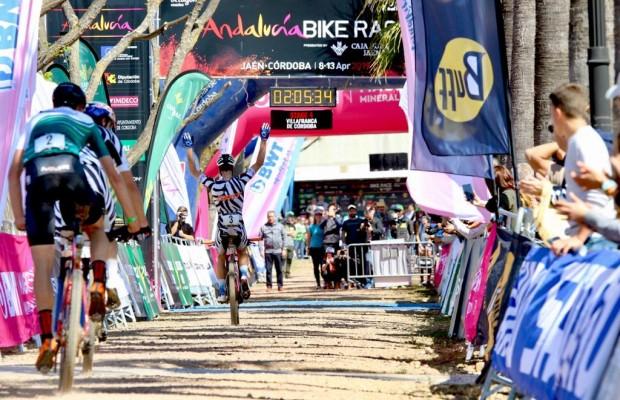 Andalucía Bike Race 2019:  Becking y Hovdenak ganan la etapa 4, Valero y Fischer mantienen el liderato