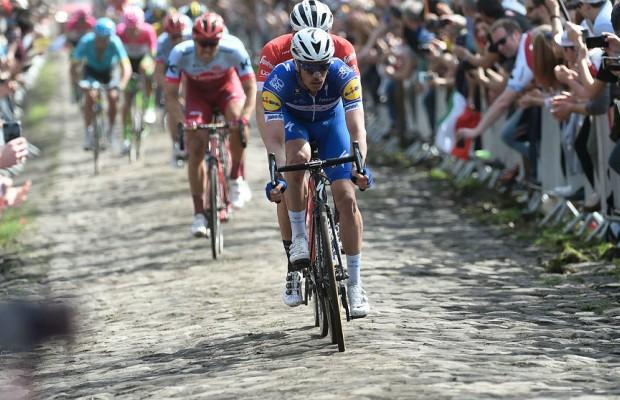 Gilbert se lleva la París Roubaix 2019