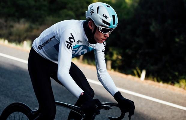 Un mini documental muestra la preparación de Chris Froome para el Giro de Italia