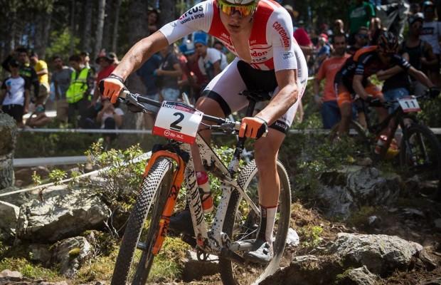 Dumoulin y Van der Poel no van a compartir equipo