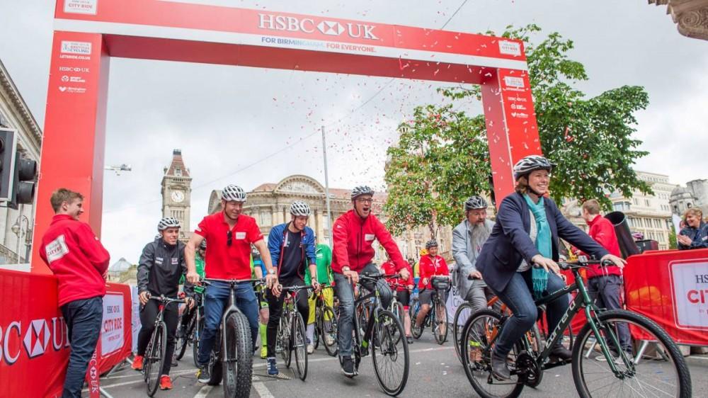 banco-suprime-aparcamientos-motivar-bici