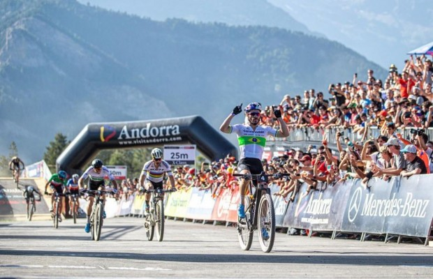 Henrique Avancini wins the Short Track of the Vallnord World Cup 2019