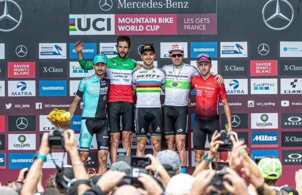 Nino Schurter wins again in the World Cup of Les Gets 2019