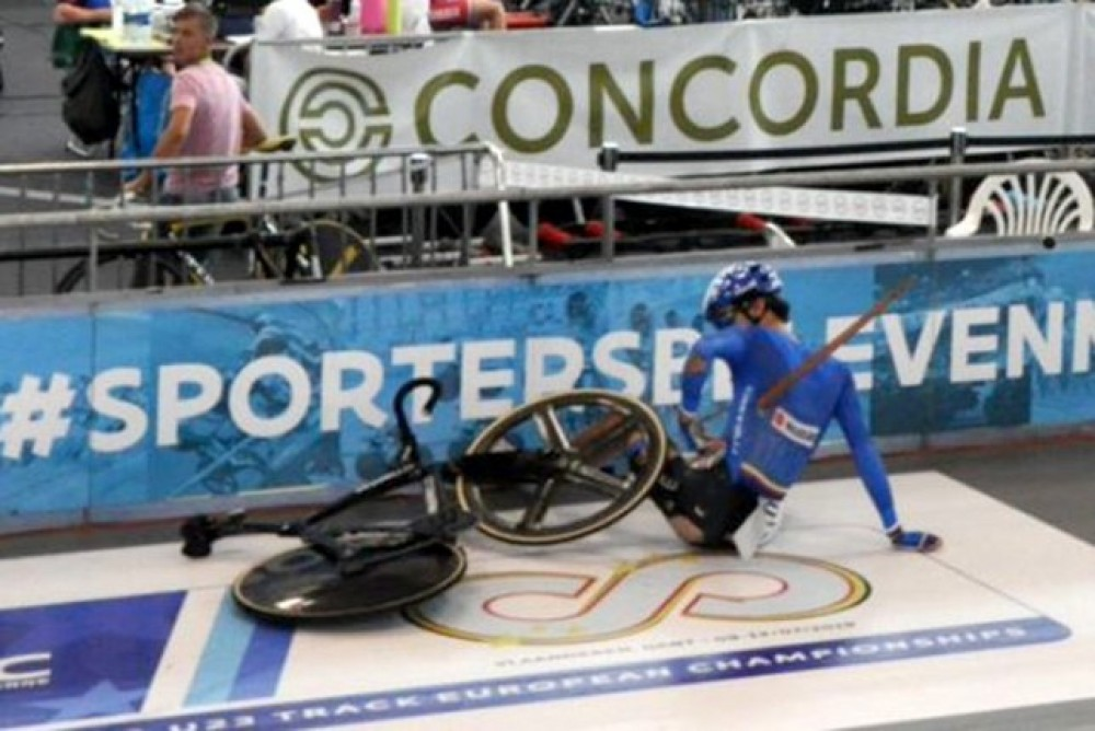 Chilling accident on the track, Lorenzo Gobbo was pierced by