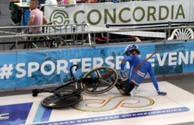 Escalofriante accidente en pista, Lorenzo Gobbo fue atravesado por una astilla gigante