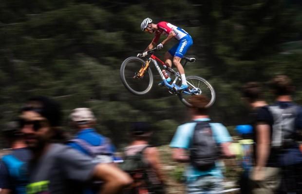 Canyon podría estar interesado que Van der Poel acabe en el Movistar Team