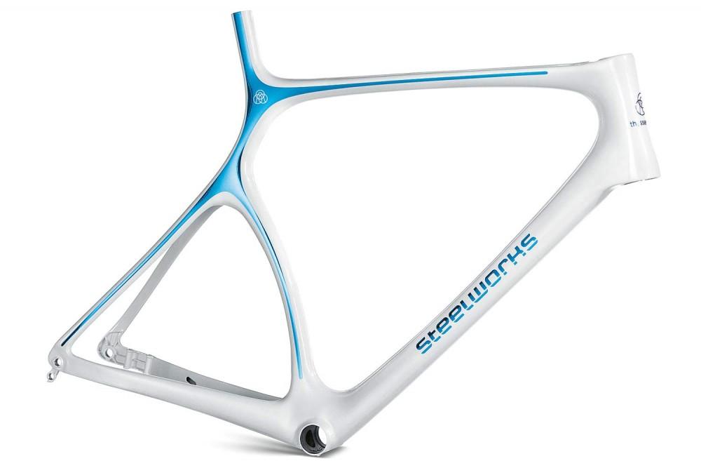 bicicleta-acero-thyssenkrupp-steelworks