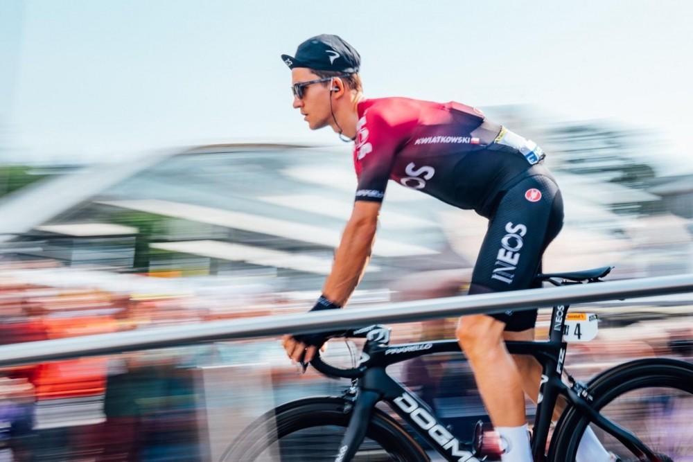 ciclistas-tour-francia-strava