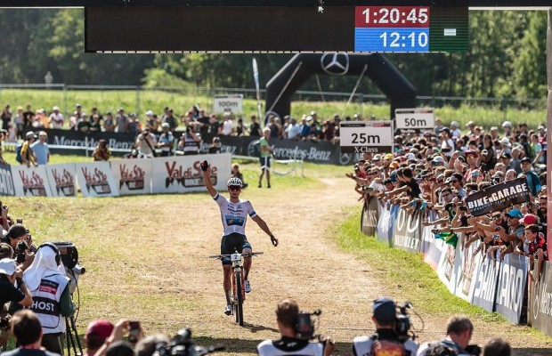 Mathieu Van der Poel wins with another fulminating attack the XCO World Cup of Val di Sole 2019