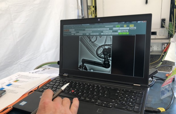 Así realiza la UCI un control antidopaje mecánico en la Copa del Mundo de MTB