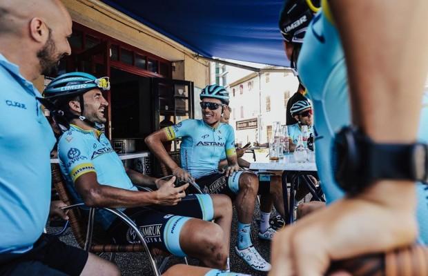 Qué desayuna el equipo Astana, Ibon Zugasti desvela sus secretos