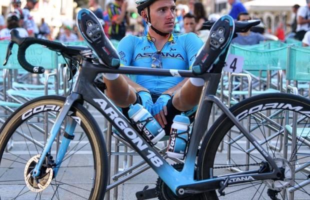 ¿Cuántos bidones gasta un equipo ciclista durante la Vuelta?