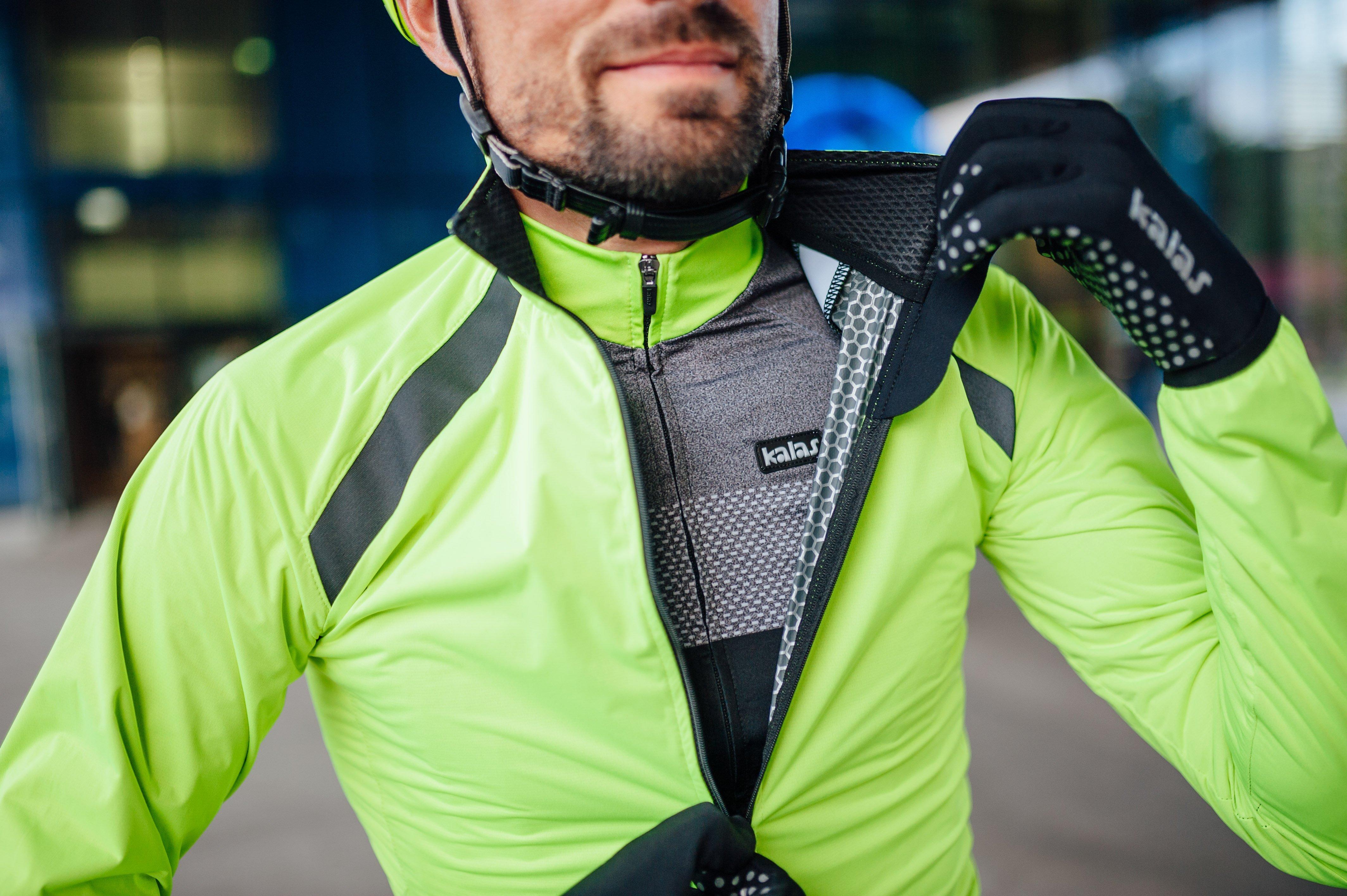 chaqueta ciclista flúor