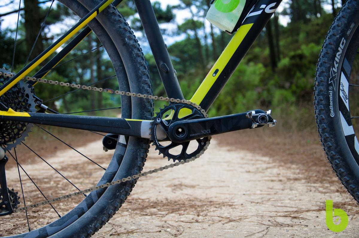 Canyon Exceed CF SLX 9.9 Pro Team