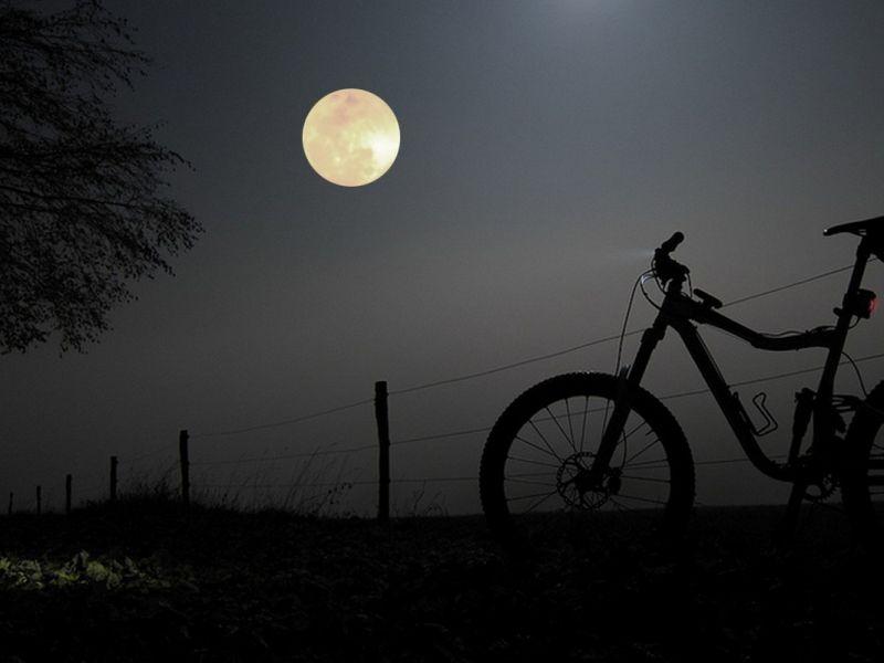 Bici anochecer