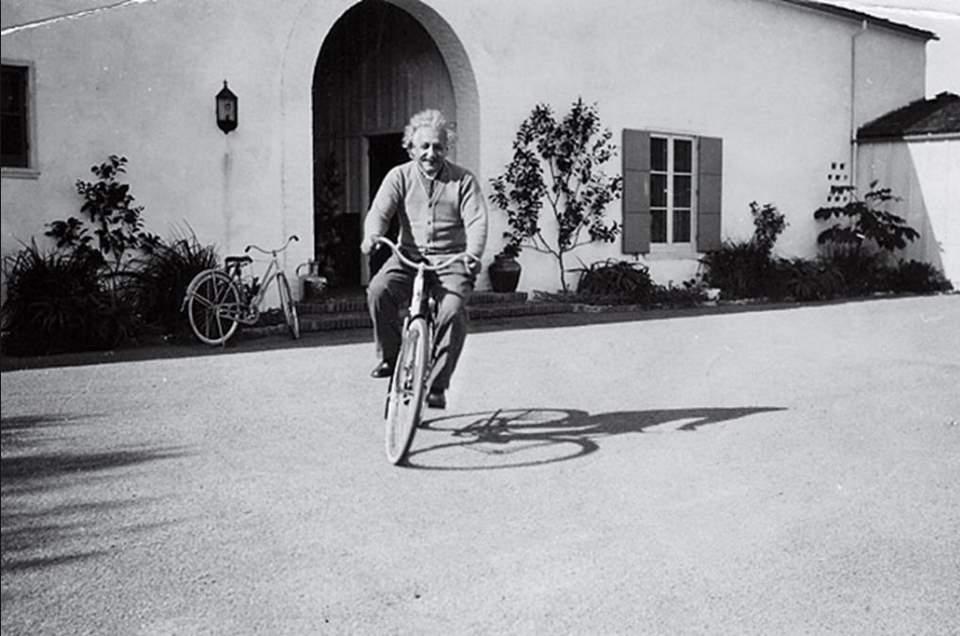 einstein bici