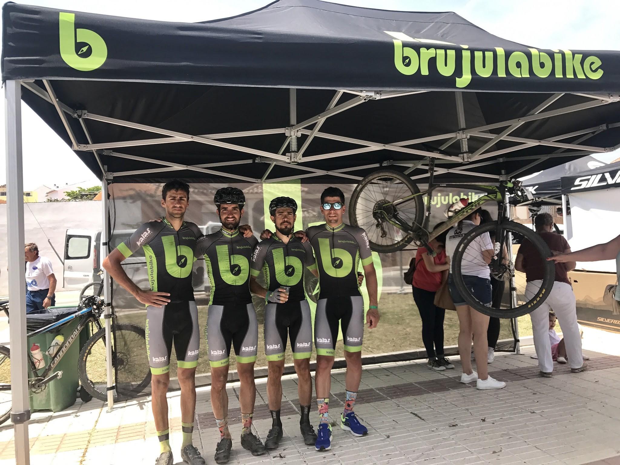Brujula bike team