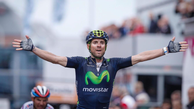 Alejandro Valverde da un giro a su calendario