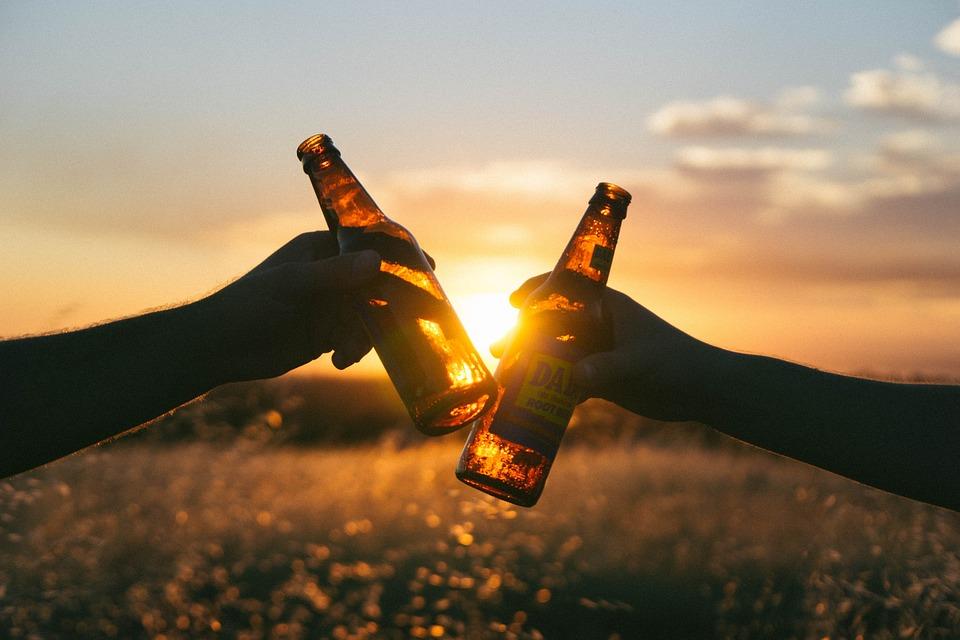 ¿La cerveza es amiga o enemiga del ciclista?