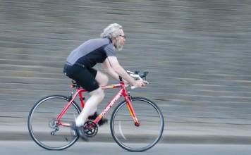¿Qué le sucede a tu cuerpo cuando montas en bici?