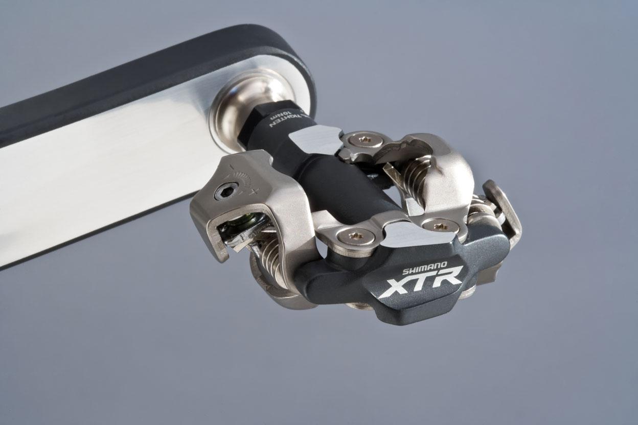 5 razones por las que deberías utilizar pedales automáticos