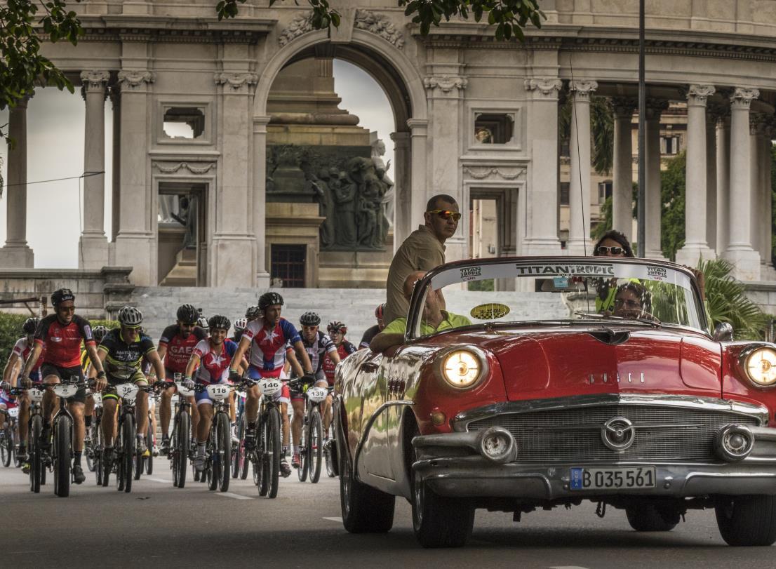 Titan Tropic Cuba Habana