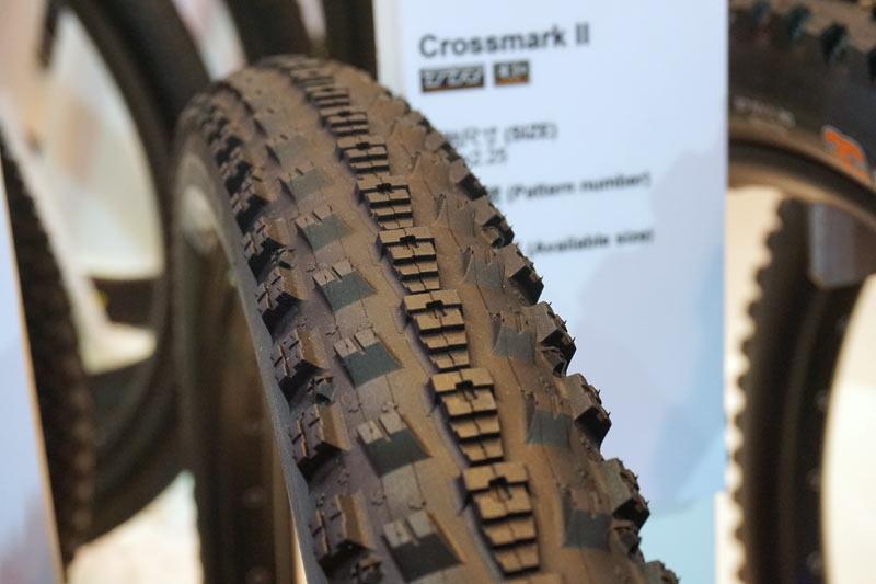 maxxis-crossmark-ii-mountain-bike-tires02