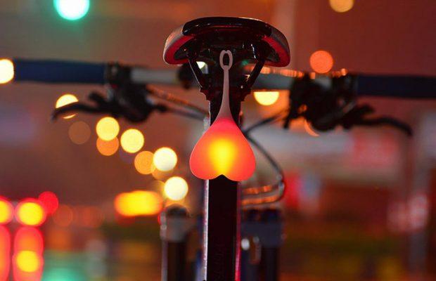 Bike Balls, la luz más atrevida para tu bicicleta