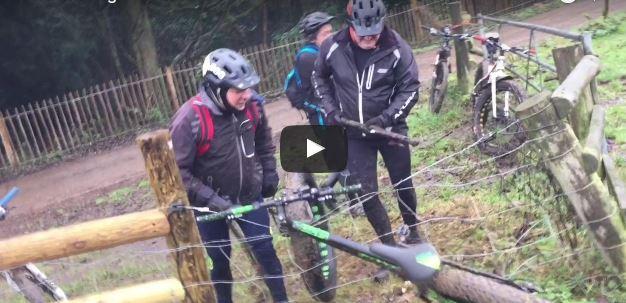 Una fat bike atrapada en una valla eléctrica, el vídeo con el que más reirás esta semana