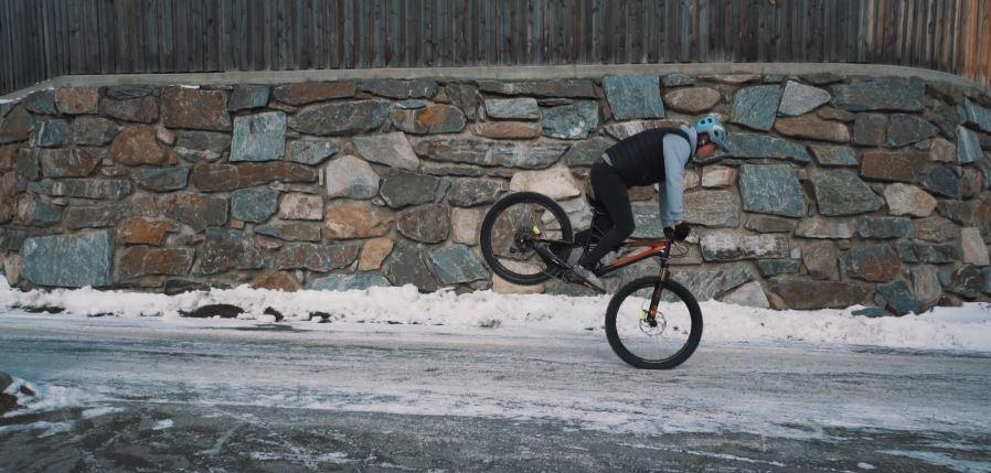 20 trucos que puedes aprender si quieres ser un crack del mountain bike