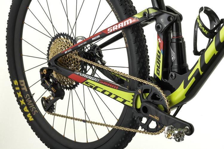Scott Spark Nino Schurter 2017 amortiguador y rueda