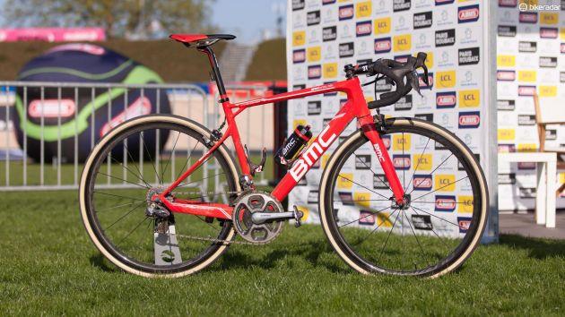 Esta es la bici que ganó la París-Roubaix 2017, la BMC de Van Avermaet