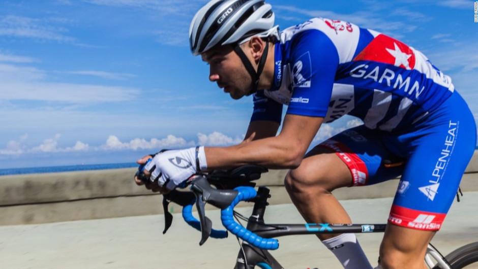 Este ciclista pretende recorrer 1.457 km en 57 horas y escuchando una sola canción