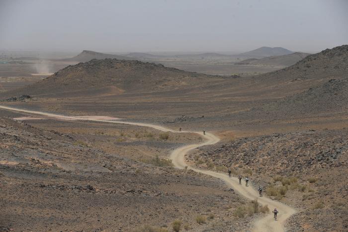 Titan Desert etapa 5 pelotón